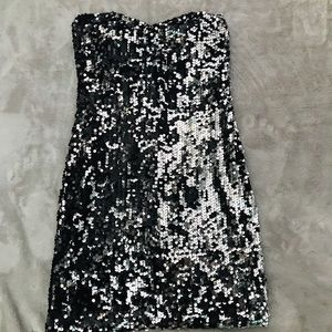 Sparkly short GLAM dress